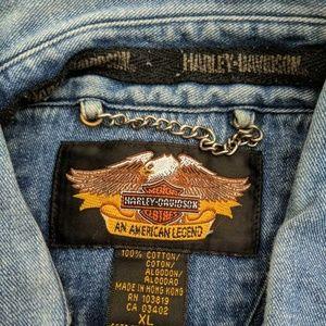 Harley-Davidson Shirts - Harley Davidson Men's Button Up Denim Shirt XL